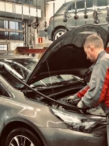 Toyota Kaivokselan pikahuolto, varaosat ja automyynti palvelevat tänään lauantainakin 6.6. klo 10 -15. Tervetuloa!