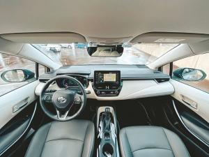 @toyotakaivoksela: Uusi Toyota Corolla tarjoaa linjakkaan muotoilun lisäksi tyylikkään matkustamon ja edistyksellistä teknologiaa. ✨  #toyotasuomi#toyota#toyotacorolla#corolla#toyotakaivoksela#ttnordic